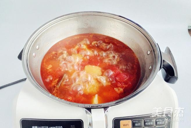 好吃不止一点点,番茄土豆炖牛腩怎么炒