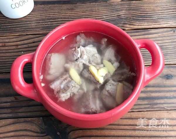 玉米菌菇汤的步骤