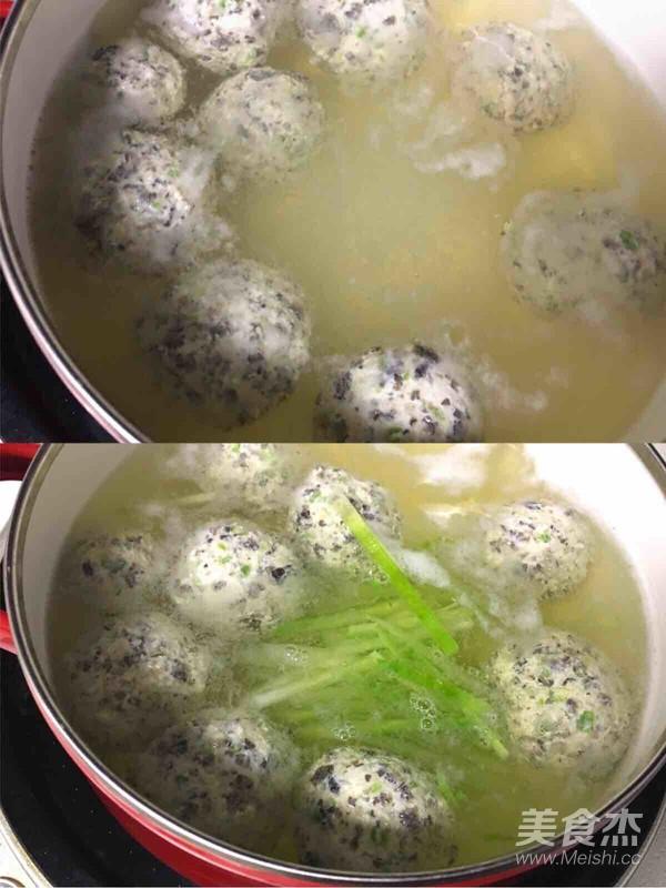 青萝卜丝鸡肉丸子汤怎么吃