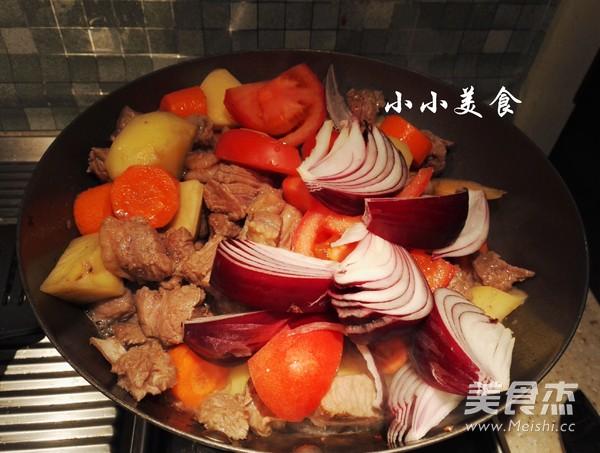 红酒炖牛肉 ,传说中的法式名菜,中式做法更接地气,味道超赞怎样做