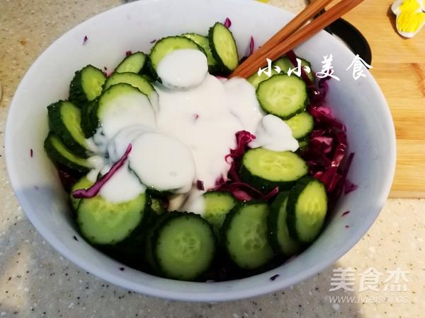 紫甘蓝酸奶沙拉:减肥利器的步骤
