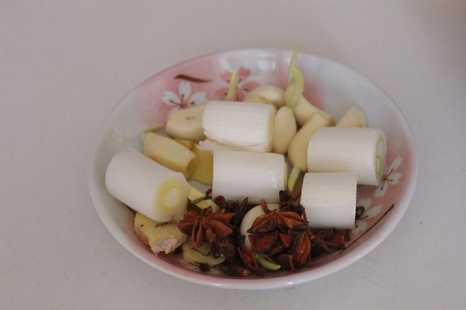 猪骨黄豆炖粉条怎么炒