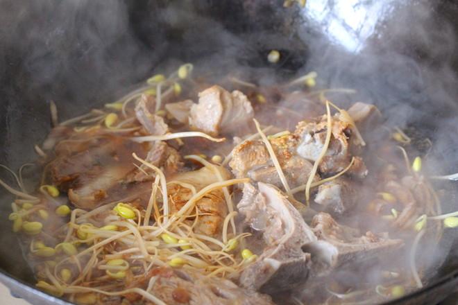 猪骨黄豆炖粉条怎样炖