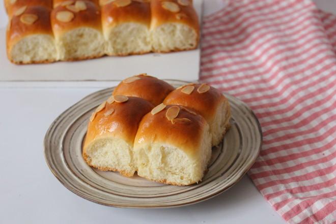 杏仁挤挤面包的制作