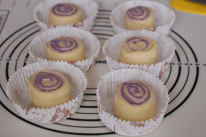 香芋紫薯面包卷怎样煸