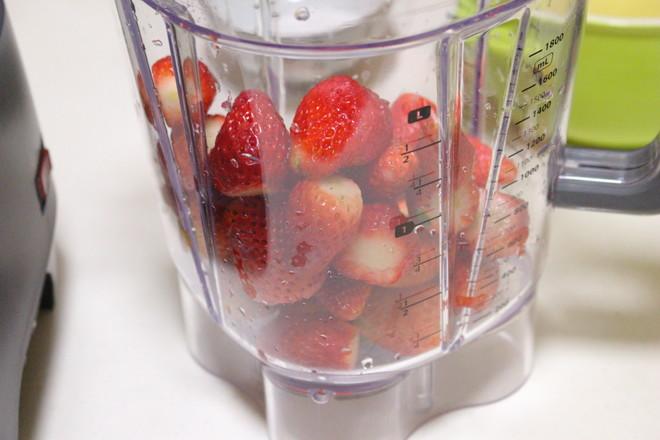 草莓慕斯的做法大全