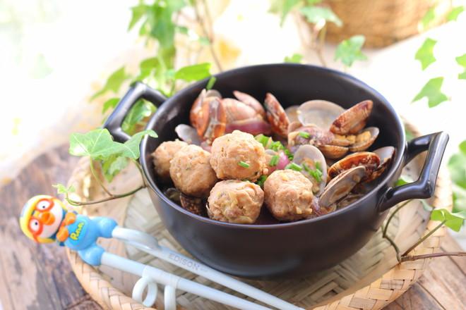 花蛤炒肉丸的制作方法