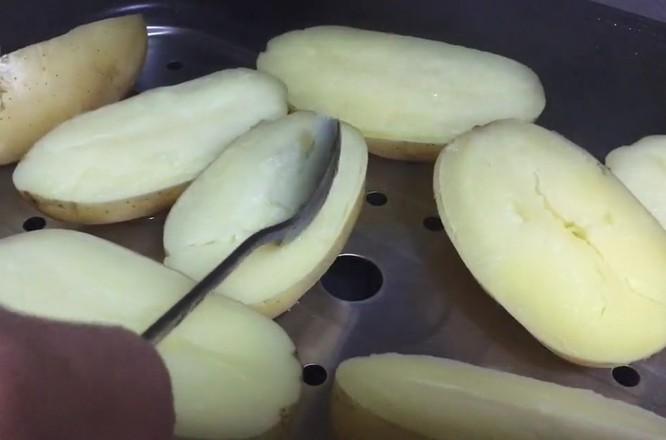 奶酪丝烤土豆怎么吃