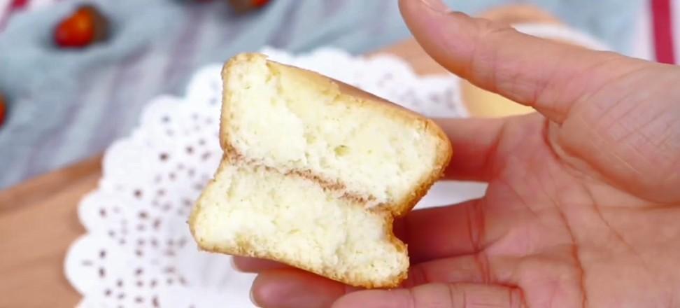 纸杯酸奶蛋糕成品图