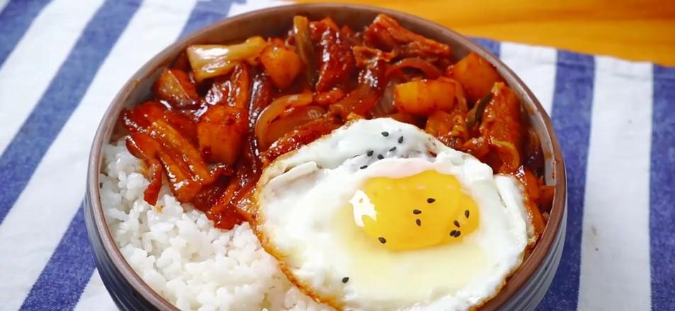 韩式五花肉拌饭怎么炖