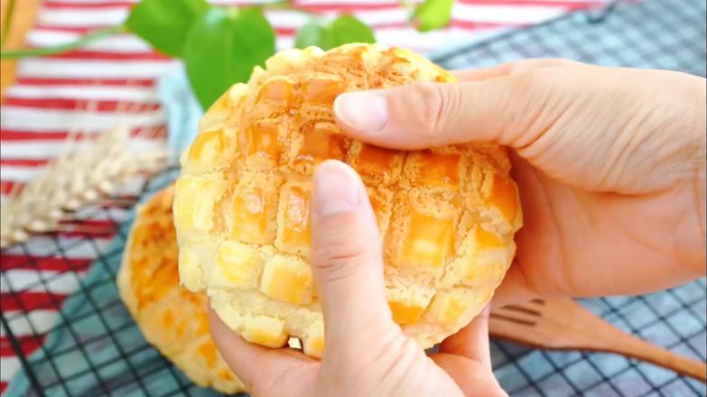 菠萝包成品图