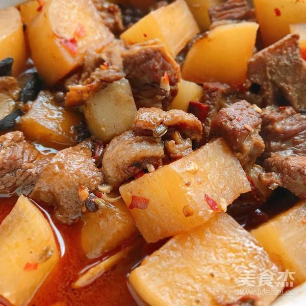 美味萝卜炖牛腩盖饭怎么煮