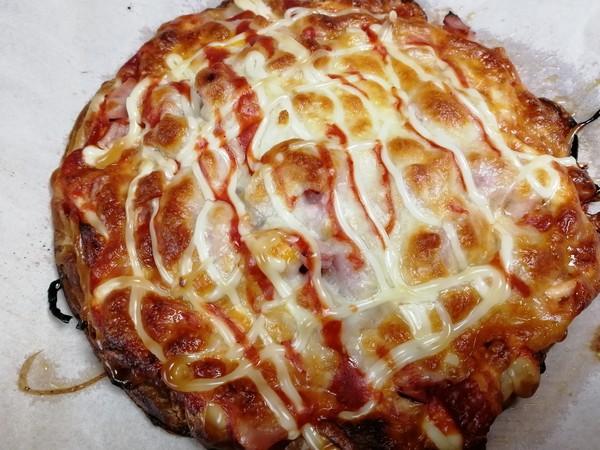 简易手抓饼披萨,比必胜客的还好吃哦。怎么做