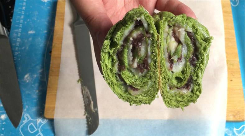 抹茶麻薯欧包,只揉几分钟就可以出面包膜成品图