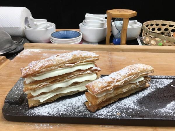 拿破仑手抓饼千层酥,一口酥脆,一口满足。怎么煮