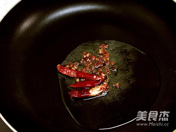 家庭微辣版水煮肉怎么炒