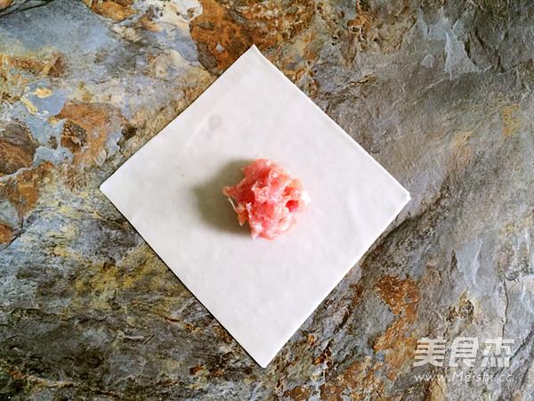 鲜肉元宝馄饨的家常做法