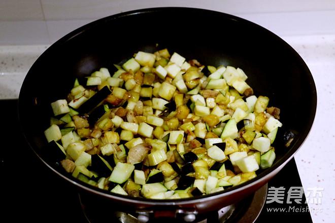茄子肉丁打卤面的家常做法