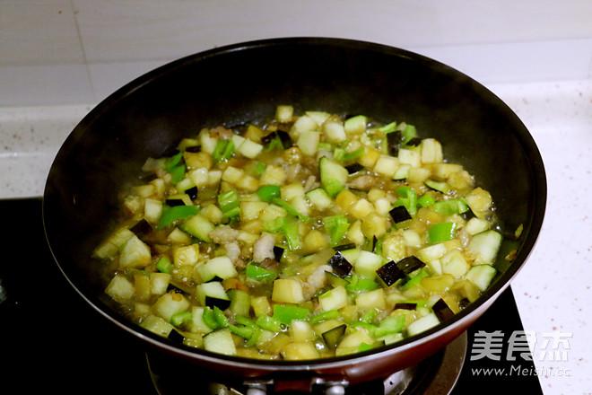 茄子肉丁打卤面的简单做法