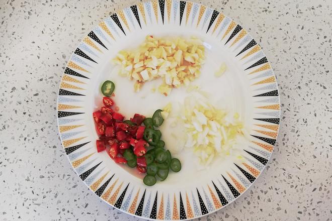 麻辣豆皮金针菇卷的家常做法