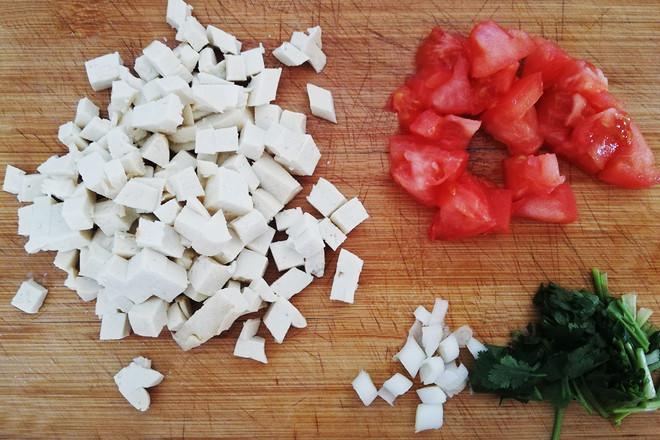 西红柿鸡蛋豆腐汤的做法大全