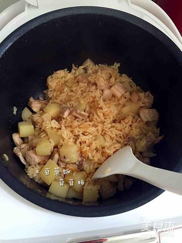 土豆焖饭怎样做