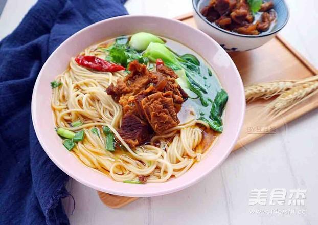 高压锅红焖牛肉面怎么煮