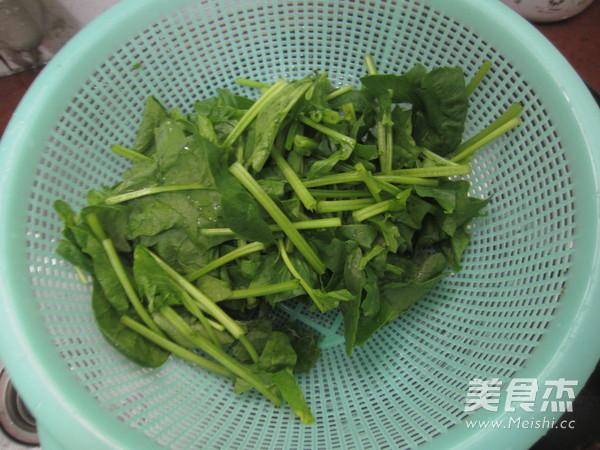 波菜枸杞猪肝汤怎么做