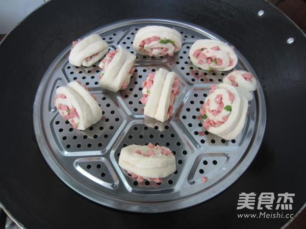 葱香火腿花卷怎样煮
