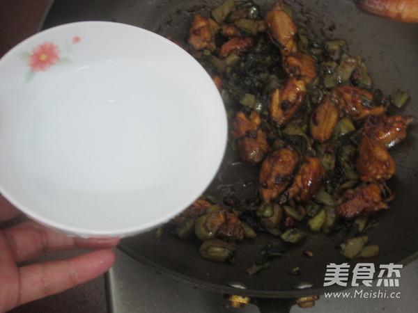 酸菜鸡翅怎样做
