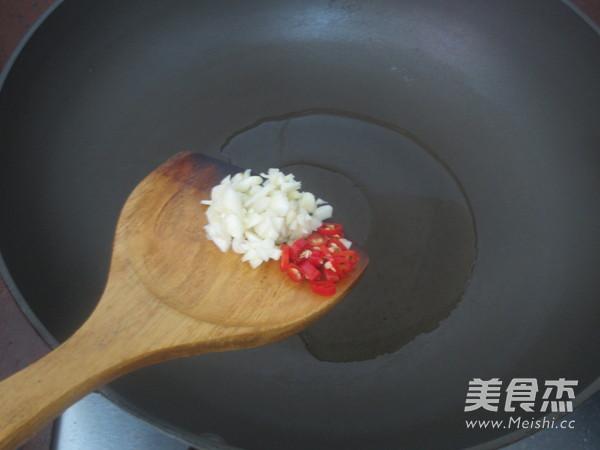 酸菜鸡翅怎么煮