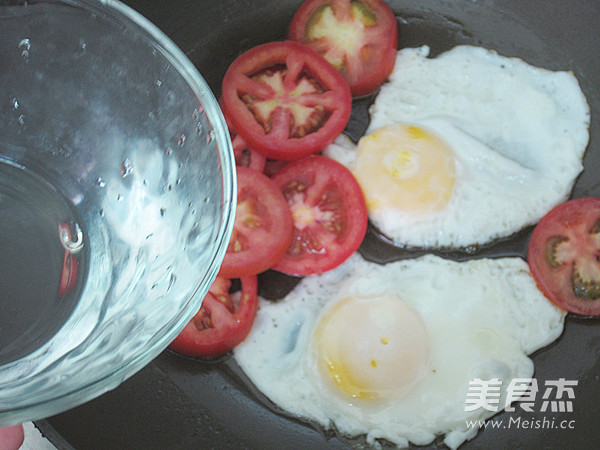 鲜茄鸡蛋河粉怎么吃