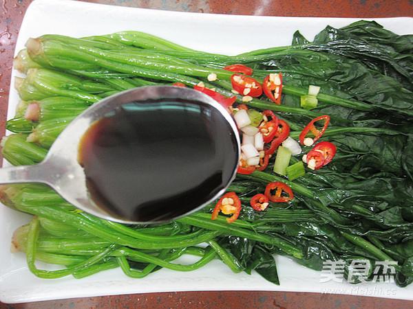 油淋菠菜怎么煮