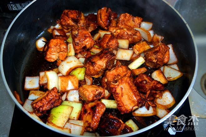 排骨焖饭的简单做法