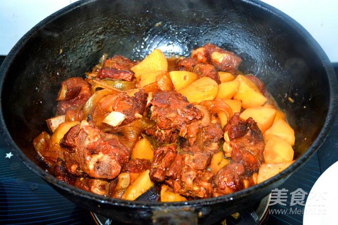 红烧土豆排骨怎么炒