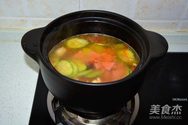 鸡肉粉丝砂锅煲怎么煮