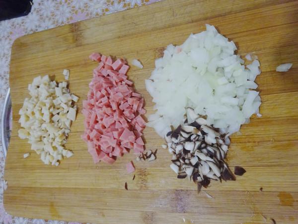 蘑菇酿饭团儿的家常做法