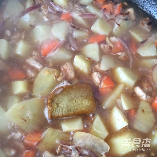 土豆咖喱饭怎么炒