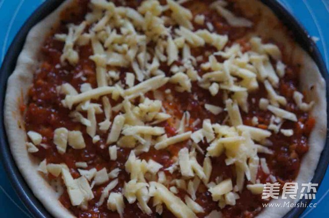 香肠披萨怎么吃
