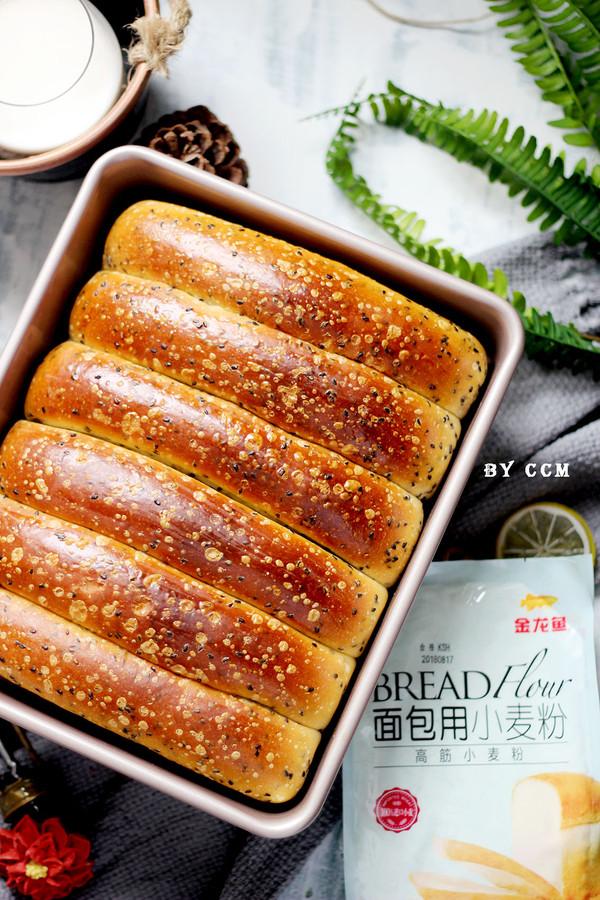 黑芝麻面包条---又香又软超级好吃的制作