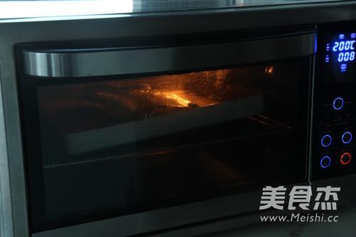 黑椒香烤龙利鱼怎么做