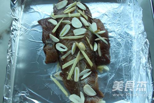 黑椒香烤龙利鱼的简单做法