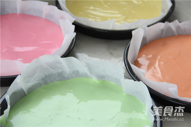 七色绚丽 梦幻の约—彩虹蛋糕的家常做法