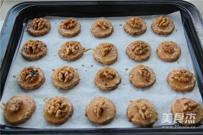 营养满分——焦糖核桃酥饼怎么炒