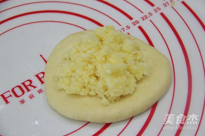 奶香椰蓉面包卷怎么煮