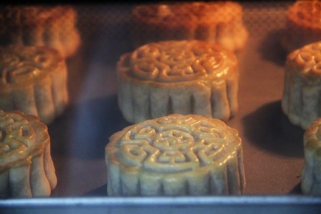 自制经典的五仁月饼怎样炖