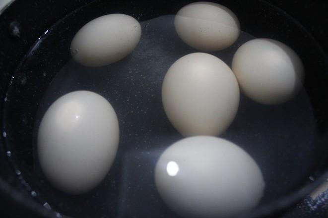 秘制卤鸡蛋的步骤