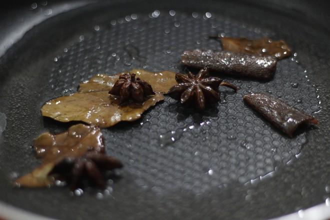 排骨烩饭怎么吃