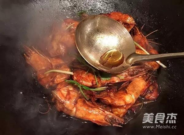 红焖大虾怎样煸