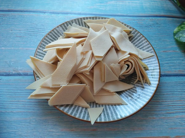 尖椒炒豆皮的做法图解